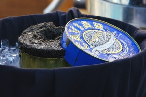 caviar-389065_1280