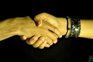 handshake-390591_1920